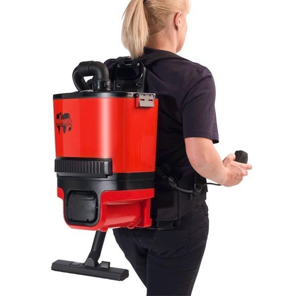 aspirateur dorsal a batterie poussi re 6l numatic rsb140 toutotop 39 mat riel de nettoyage. Black Bedroom Furniture Sets. Home Design Ideas